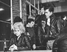 1950s-greasers-02