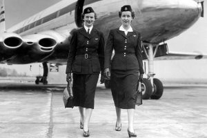 1950-flight-attendant-552nm-111709