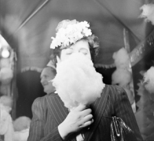 honey-kennedy-nina-leen-la-barbe-a-papa-03